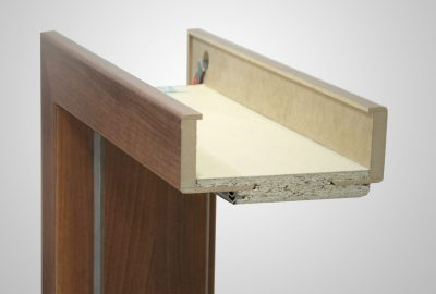Ajustable non-rebated door frame